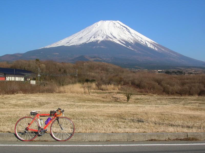 MtFujiKamiide2009.jpg